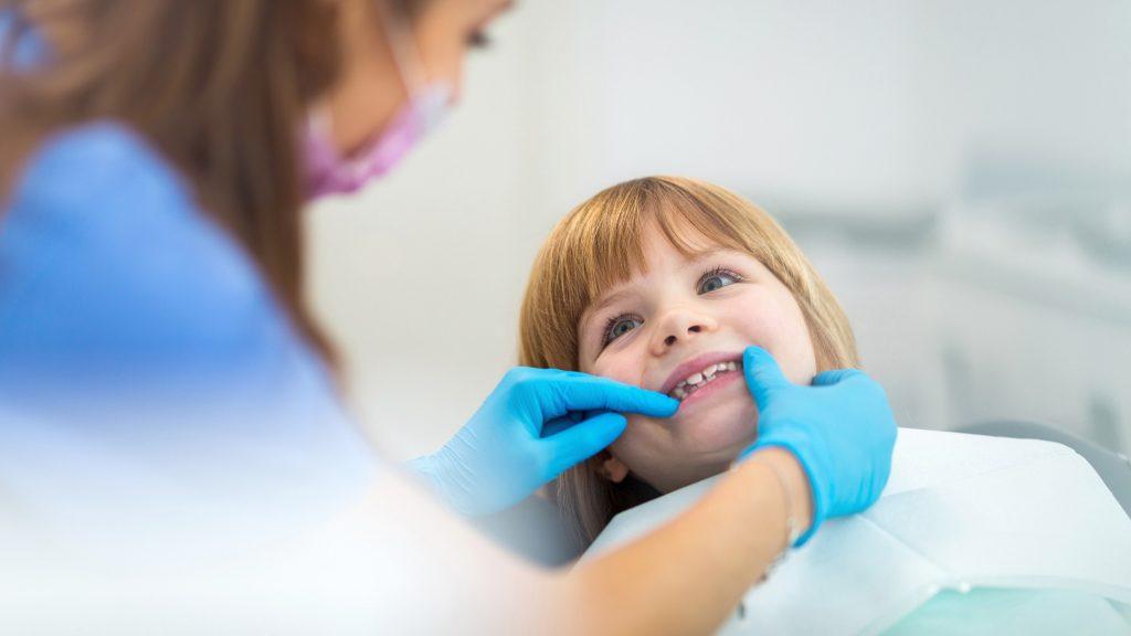 stomatologia dziecięca londyn
